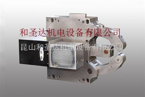 供应进口FAR带侧面安装缸的标配中心架自定心液压车床中心架